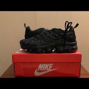 Nike Air VaporMax Plus Triple Black Men Size 9